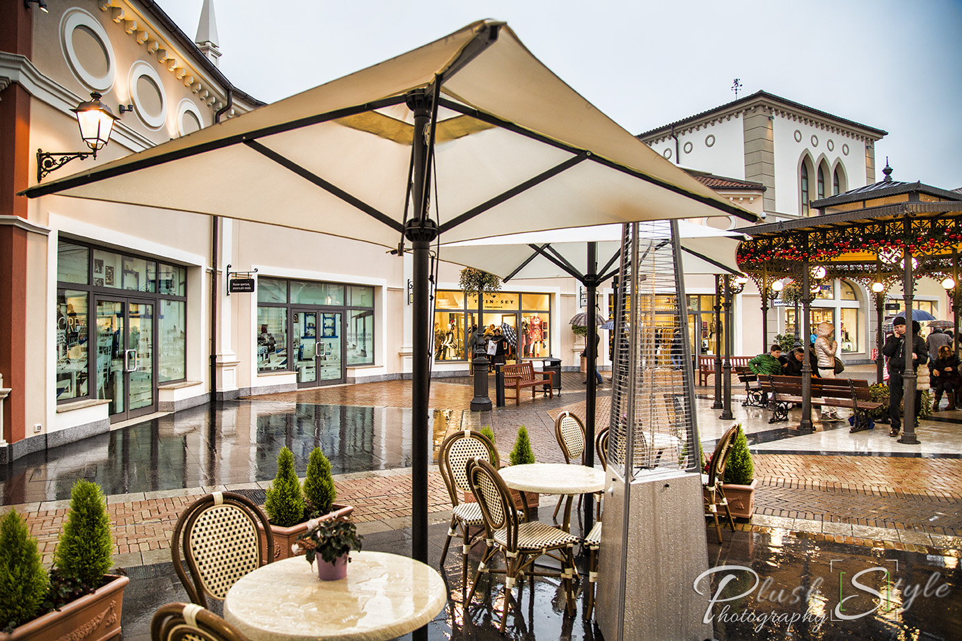 Shopping in italy noventa di piave designer outlets for Design outlet